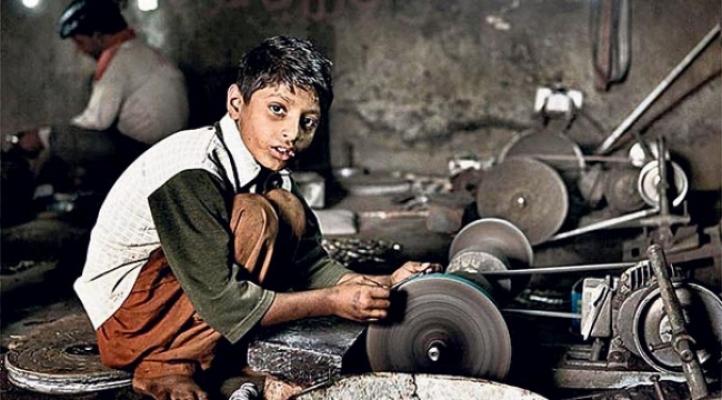 """Av. Sinan Derman Yazdı; Çıraklık Adı Altında Çalışan """"Çocuk İşçiler""""*"""